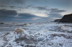 whitby waves 3.jpg