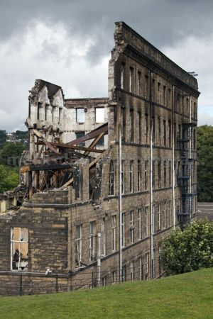 ebor mill demolition 2 august 18 2010 sm.jpg