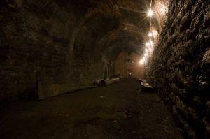 towards_the_tin_tunnel_sm.jpg