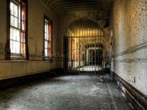 gated corridor hdr.jpg