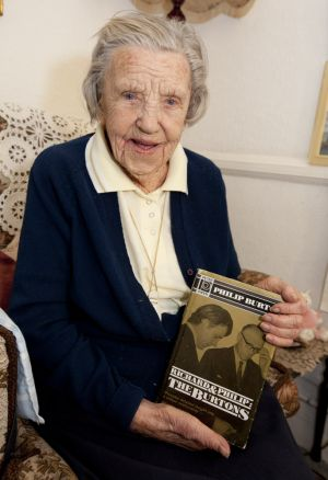 betty smith 101 years old richard burton dec 2012 1 sm.jpg