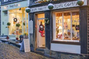 daisy ways frank house trading main st haworth december 18 2010 sm.jpg