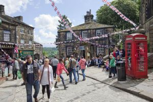 haworth jubilee june 4 2012 1 sm.jpg