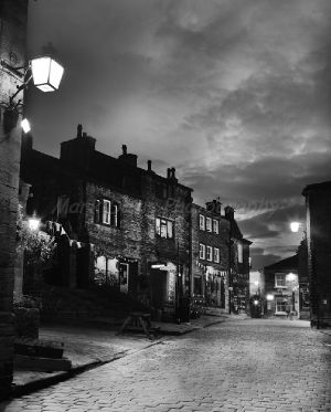 haworth main st black bull sm.jpg