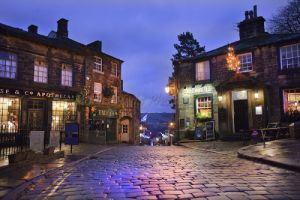 haworth main st christmas day 1 sm.jpg