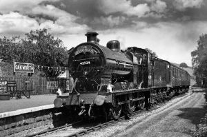 oakworth station steamer 2 bw.jpg