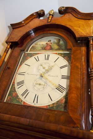 parsonage clock 1 sm.jpg