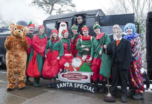 santa special pose oxenhope station december 18 2010 240 pm train sm.jpg