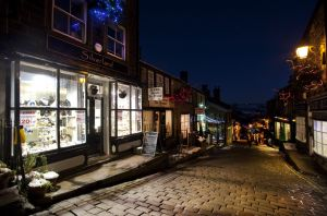 silverlands haworth main st december 5 2010 sm.jpg