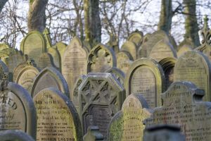 haworth cemetery graves 1 sm.jpg