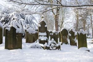 haworth graveyard jan 22 2013 sm.jpg