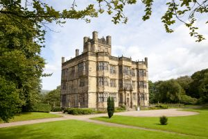 gawthorpe hall august 31 2012 3 sm.jpg