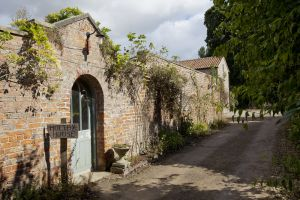 gorgeous cottages holtby 2 sm.jpg