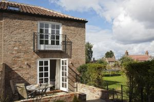 gorgeous cottages holtby 4 sm.jpg