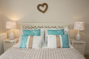 gorgeous cootages Apple cottage 24 sm.jpg