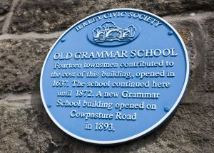 ilkley old grammar school plaque sm.jpg