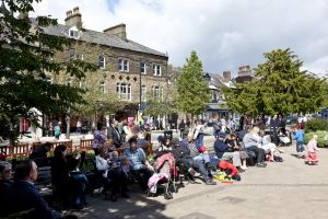 the grove ilkley june 24 2012 crowds sm.jpg