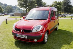 kangoo red 1.jpg