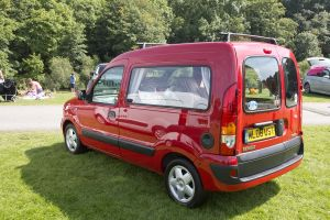 kangoo red 3.jpg