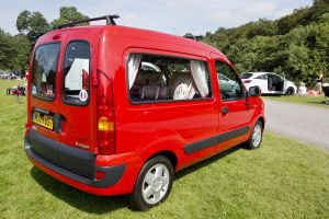 kangoo red 4.jpg