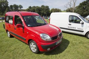 kangoo red 5.jpg