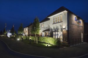_Bellway Elwick Grove evening external 1.jpg