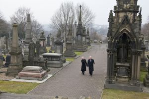 derek acorah beyond the grave 221.jpg