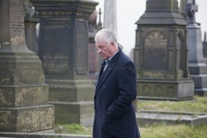 derek acorah beyond the grave 224.jpg