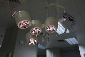 pinderfields mortuary light close sm.jpg