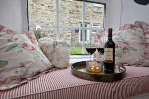 gorgeous low cottage reeth 11.jpg