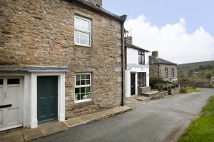 gorgeous low cottage reeth 22.jpg