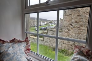gorgeous low cottage reeth 33.jpg