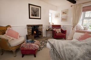 gorgeous low cottage reeth 38.jpg