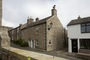 gorgeous low cottage reeth 42.jpg