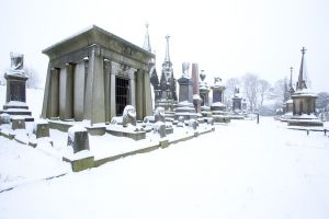 undercliffe illingworth tomb  jan 7 2011 sm.jpg