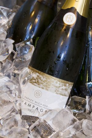 harvey nicks champagne 1 sm.jpg